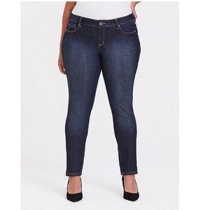 Torrid Curvy Skinny Jeans Size 14R